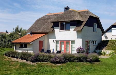 Te huur villa 39 duinvilla 39 friesland makkum huizen for Huizen te koop friesland